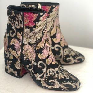 Sam Edelman Women's Taye Brocade Ankle Bootie 7